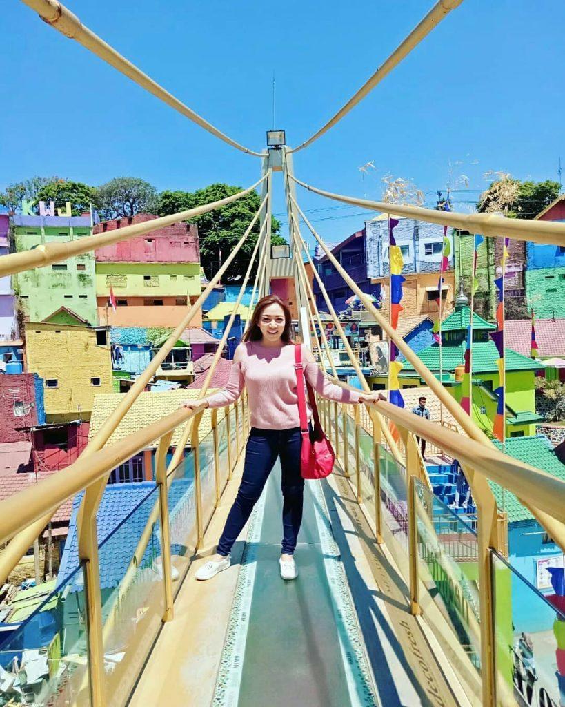 kampung-warna-warni-jodipan-kampung-3D-malang